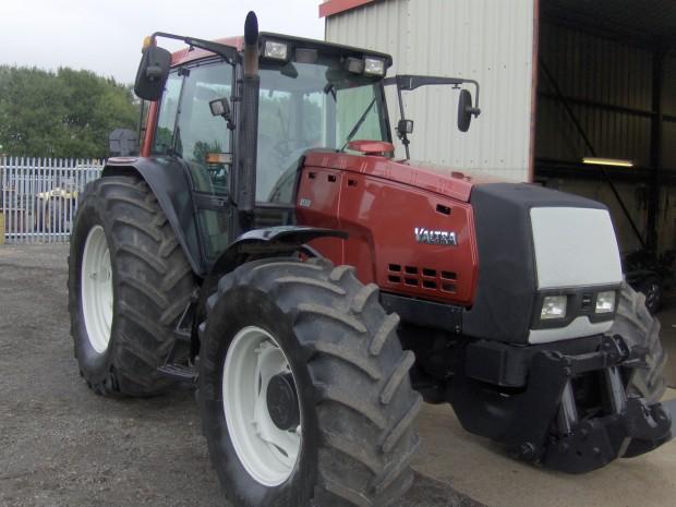 valtra 8550 2002 6 598 hrs parris tractors ltd