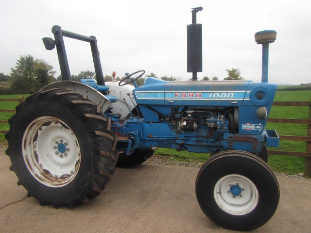 Ford 7000 Tractor : Ford parris tractors ltd