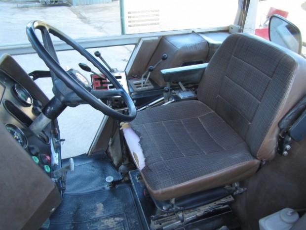 massey ferguson 2720 1985 3 542 hrs parris tractors ltd