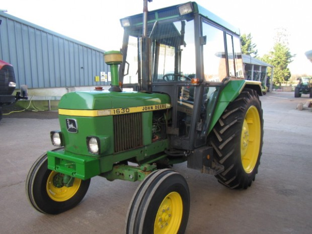 John Deere 1630 : John deere wd hrs parris tractors ltd