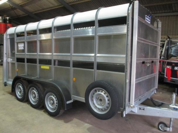 Ifor Williams TA510G3-14 tri-axle trailer, 07/2012, | Parris Tractors ...