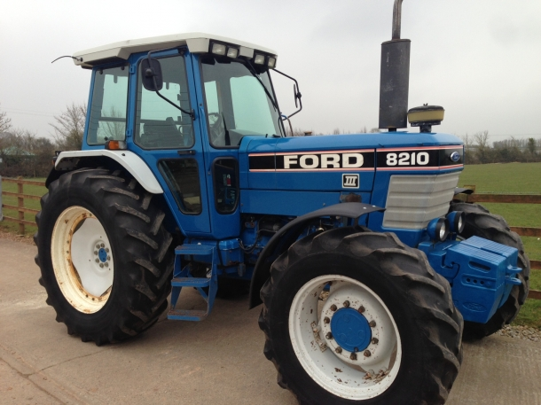 Ford 8210 III, 1990, 6,648 hrs | Parris Tractors Ltd